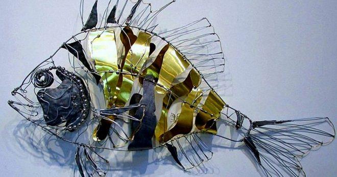 Рыба из металлического хлама
