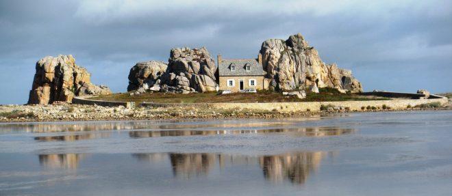 Дом на острове во Франции