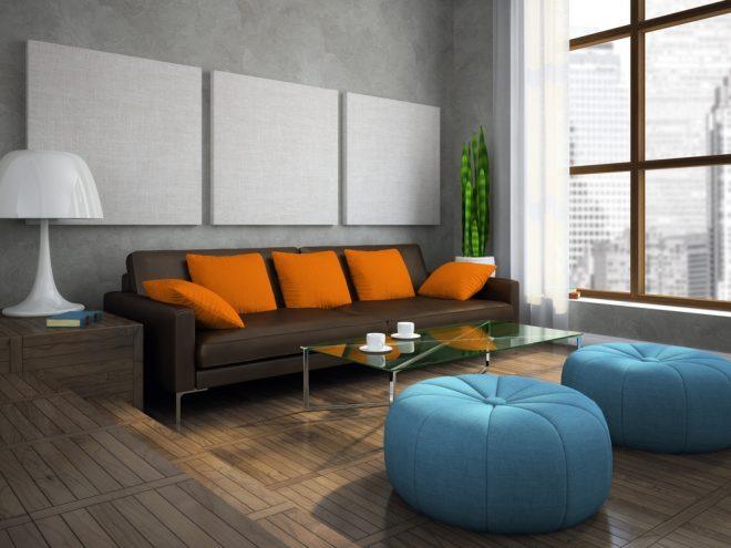 Сочетание голубого, коричневого и оранжевого цветов мягкой мебели