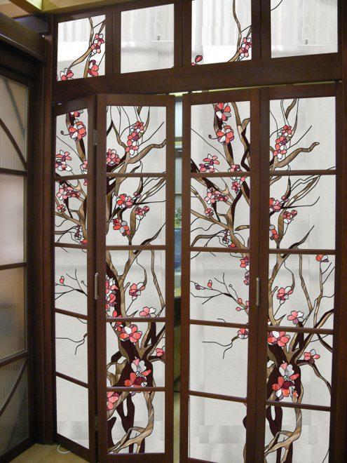 Декор стеклянной двери