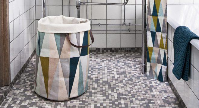корзина для белья в ванную в интерьере
