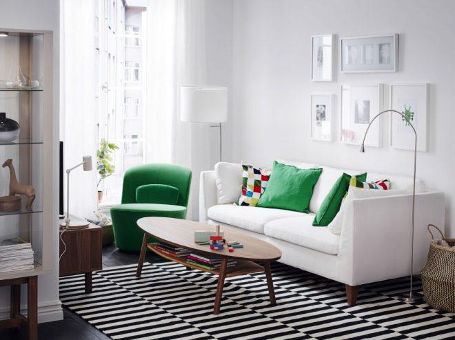 Белый диван Икеа с подушками