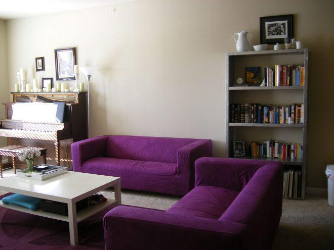 Фиолетовый диван Икеа