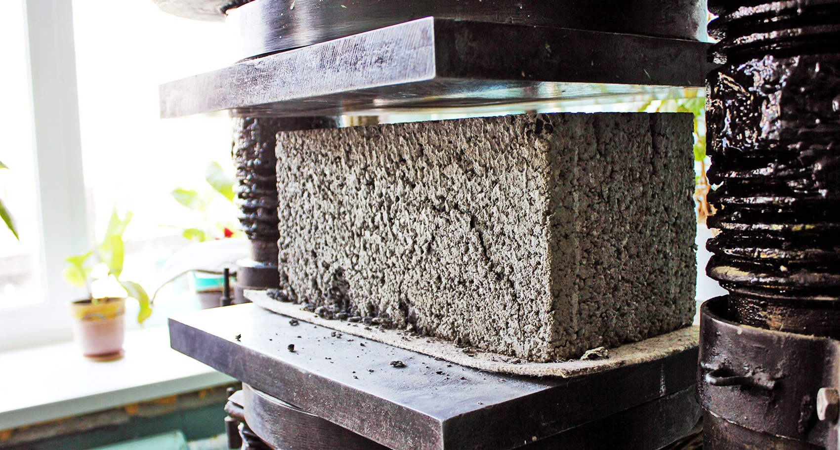 Купить приборы для измерения прочности бетона волокна в бетон